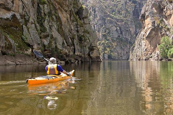 Turismo activo y naturaleza frontera natural frontera for Oficina de turismo de zamora